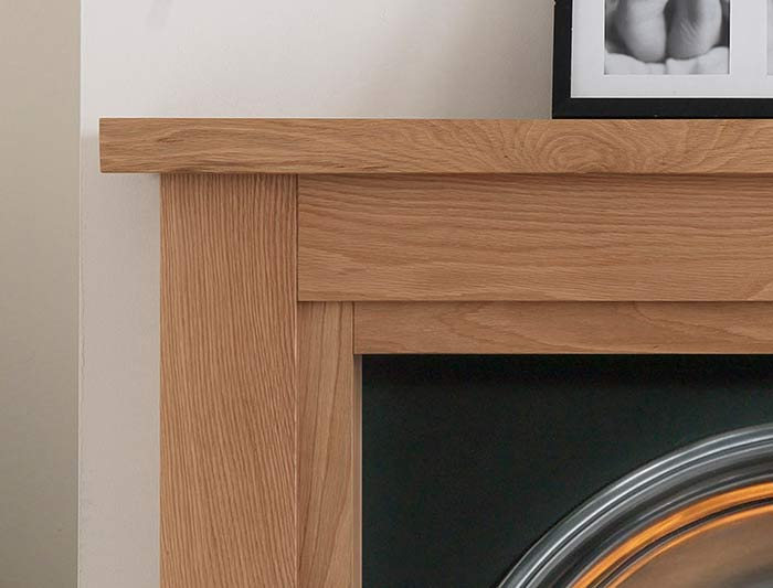 Calabria Natural Oak Detail